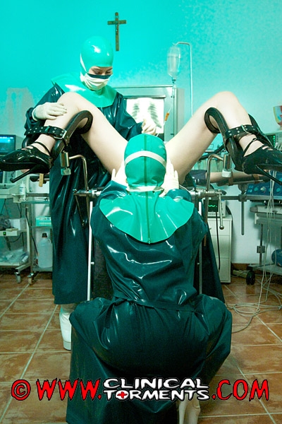 Latex doctor and patient treat their pussies and indulge in hot lesbian sex 8