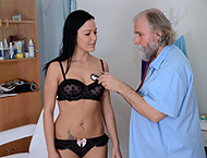 Natalie, 21 years multiorgastic girl gyno exam. Checkup with heartbeat, feet exam, thermometers,  doppler, anal exam,  two speculums, tampon and clear dildo orgasm heartbeat.